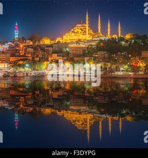 Sainte-sophie à Istanbul, Turquie au début de la nuit. Banque D'Images