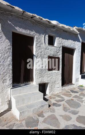 Rue de Bubion, Las Alpujarras, province de Grenade, Andalousie, Espagne Banque D'Images
