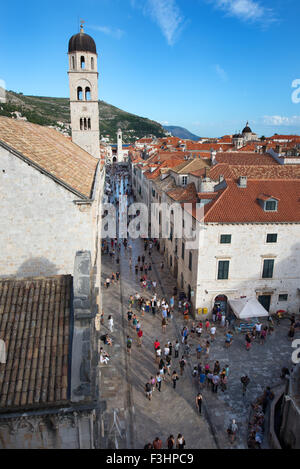 Stradun (Placa) vu depuis les remparts de la ville, Dubrovnik, Croatie