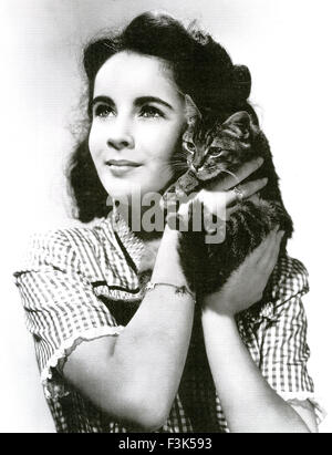 ELIZABETH TAYLOR (1932-2011) Actrice anglo-américaines vers 1945