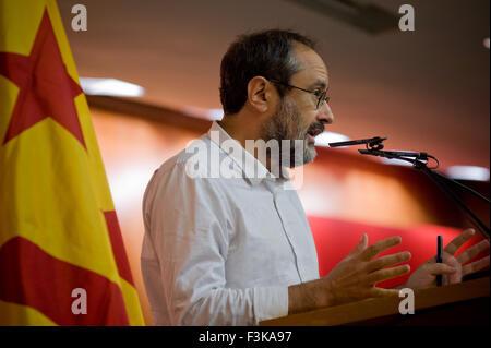 Barcelone, Catalogne, Espagne. 8 octobre, 2015. ANTONIO BAÃ'OS de tasse, la gauche pro-parti de l'indépendance, Banque D'Images