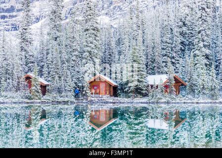 Cabines, lac O'Hara, le parc national Yoho, Colombie-Britannique, Canada