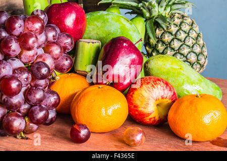 Les images d'arrière-plan de plusieurs fruits ensemble. Banque D'Images