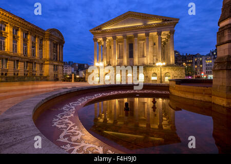 L'hôtel de ville la nuit, Chamberlain Square, Birmingham, Angleterre, Royaume-Uni. Banque D'Images