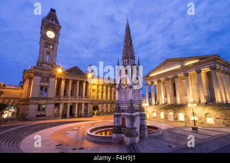 Birmingham Museum, Art Gallery, l'Hôtel de Ville, Chamberlain Square, Birmingham, Angleterre, Royaume-Uni. Banque D'Images
