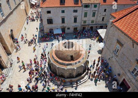 Dubrovnik, Croatie, comté de Dubrovnik-Neretva. La grande fontaine d'Onofrio.