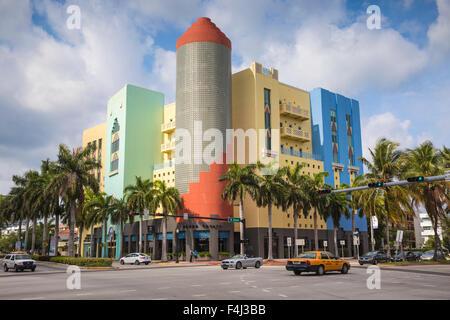 Bâtiments sur Washington Avenue, South Beach, Miami Beach, Miami, Floride, États-Unis d'Amérique, Amérique du Nord Banque D'Images