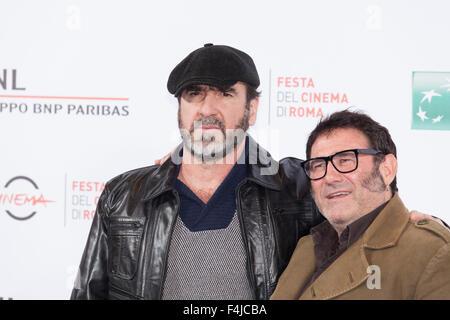 Rome, Italie. 19 Oct, 2015. Eirc Cantona (R) et Sergi Lopez (L) à un photocall pour 'Les Rois du Monde' - 'rois', Banque D'Images