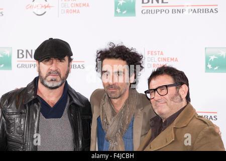 Rome, Italie. 19 Oct, 2015. Eirc Cantona (R), directeur Laurent Laffargue (C) et Sergi Lopez (L) à un photocall Banque D'Images