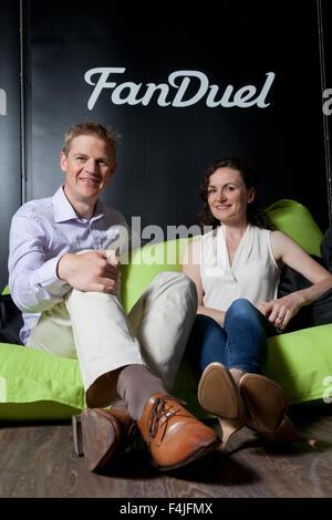 Nigel (à gauche) et Lesley Eccles. Co-fondateurs de la plate-forme en ligne fantasy sports, FanDuel. Edimbourg, Banque D'Images