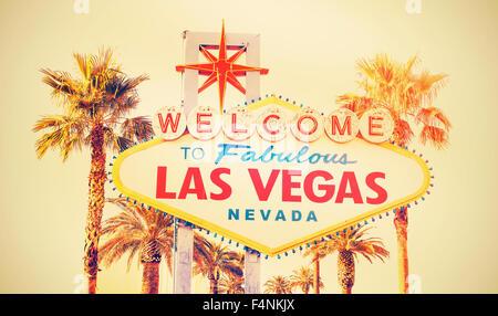 Croix rétro traitées photo de la bienvenue à Las Vegas sign, USA.