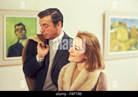 Annie Girardot Yves Montand / Vivre pour vivre 1967 réalisé par Claude Lelouch