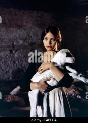 Ornella Muti / maîtresse du Diable / 1975 réalisé par Juan Luis Buñuel Banque D'Images