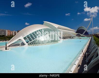 La Cité des Arts et des sciences (Ciudad de las Artes y las Ciencias), Valencia, Espagne. Banque D'Images