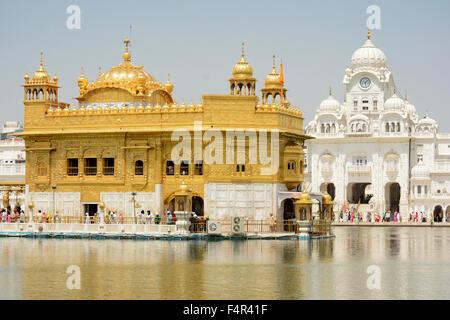 Le Harmandir Sahib, également Darbar Sahib golden temple d'Amritsar Punjab Inde Banque D'Images