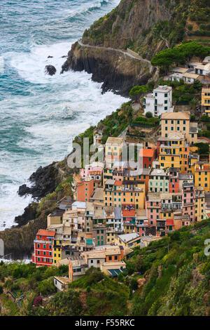 Riomaggiore est une commune française, située dans la province de La Spezia, Ligurie, dans le nord-ouest de l'Italie.