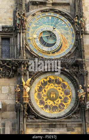 L'horloge astronomique, l'Ancien hôtel de ville, site du patrimoine mondial de l'UNESCO, Prague, République Tchèque, Banque D'Images