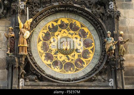 Détail de l'horloge astronomique, l'Ancien hôtel de ville, site du patrimoine mondial de l'UNESCO, Prague, République Banque D'Images