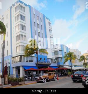 Le Park Central Hotel, à South Beach, Miami, Floride, est un magnifique exemple de l'architecture de style art déco. Banque D'Images