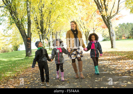 Happy Family having fun on beautiful autumn day Banque D'Images