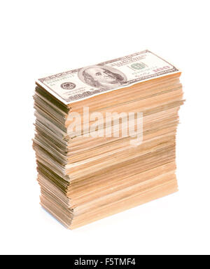 Pile de billets en dollars libre. Isolated on white Banque D'Images