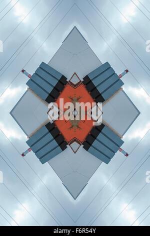 Abstrac Contexte - Plan des carreaux de céramique et des canalisations en usine Banque D'Images