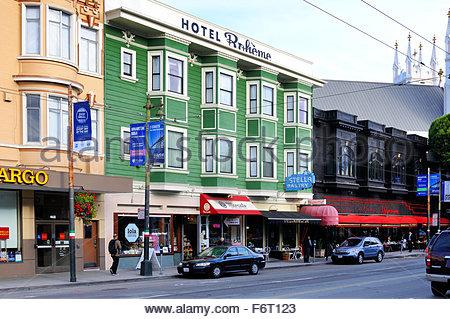 Scène de rue de la ville de San Francisco, près de l'Italien quartier. Banque D'Images