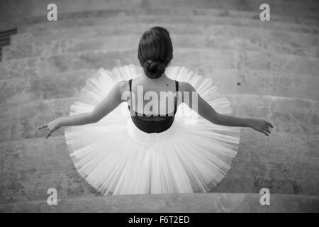 Danseur de Ballet portant tutu Banque D'Images