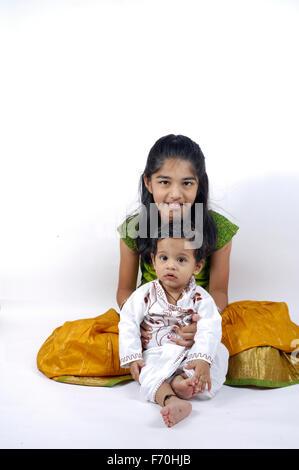 Frère et sœur, l'Inde, l'Asie, M.#556 Banque D'Images