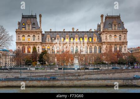 L'Hôtel de Ville de Paris, l'Hôtel de Ville, en hiver