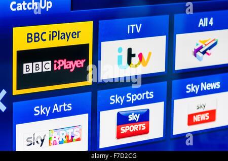 Jeuxvideo, ITV player, tous les4 et Sky Télévision de rattrapage joueurs sur un Sky+ décodeur HD. Banque D'Images