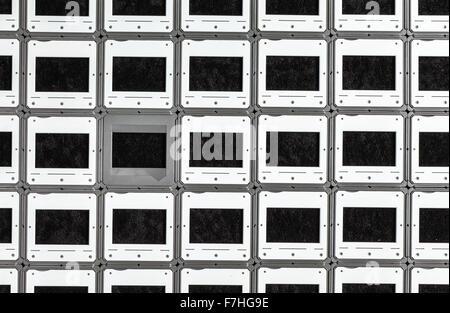 Ensemble de vintage coupe sur un fond noir pour des concepts photographiques Banque D'Images