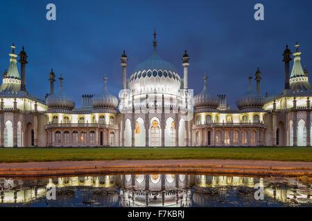 Soirée au Royal Pavilion à Brighton, East Sussex, Angleterre. Banque D'Images