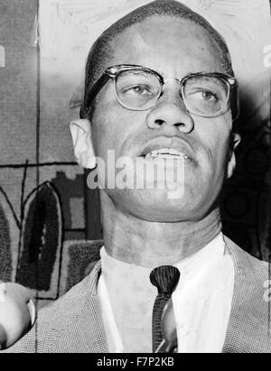 Malcolm X (1925 - 1965), né Malcolm Little. Ministre américain musulman et militant des droits de l'homme. Banque D'Images