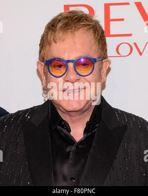14Th Annual Elton John AIDS Foundation Une vision durable sur la prestation au Cipriani Wall St. avec Elton John : Banque D'Images