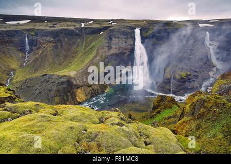Photo de Haifoss spectaculaire cascade dans le centre de l'Islande Banque D'Images