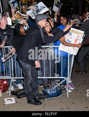 Brad Pitt et Angelina Jolie arrivent à un 'à la mer' en salles 1, 2, 3 à Manhattan Avec: Brad Pitt Où: New York, Banque D'Images
