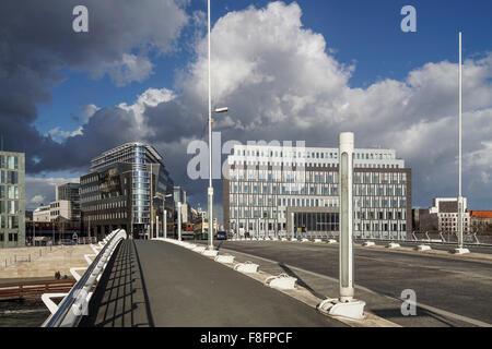 Kronprinzen Bridge, l'architecture moderne, pont Calatrava, Berlin , Allemagne Banque D'Images