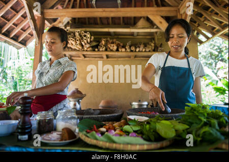 En Asie chefs cooking cuisine extérieure Banque D'Images
