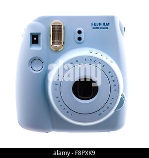 Fuji Film Instax Mini 8 caméra sur un fond blanc Banque D'Images