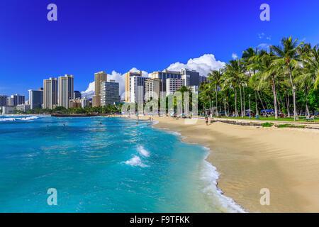 Honolulu, Hawaii. La plage de Waikiki et Honolulu. Banque D'Images