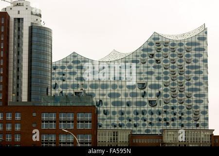 L'Elbphilharmonie ( Elbe Philharmonic Hall ) à Hambourg , Allemagne Banque D'Images