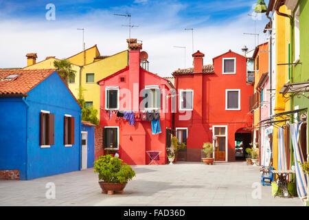 Maisons multicolores dans l'île de Murano près de Venise, Italie Banque D'Images