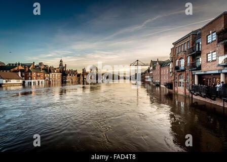 York, Royaume-Uni. 27 Décembre, 2015. De vastes perturbations continue à York à la suite de l'inondation de la rivière Banque D'Images