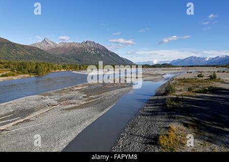 Rivière Matanuska, Vieux Glenn highway no. 1 cap au sud vers Anchorage. Banque D'Images