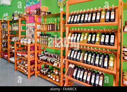 Le Portugal, l'Algarve: produits régionaux dans la boutique à Armacao de Pera Banque D'Images