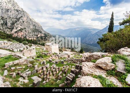 Trésor des Athéniens; Delphes, Grèce Banque D'Images