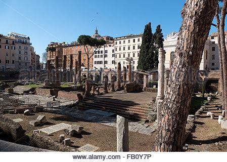 Fouilles de la zone sacrée de Largo di Torre Argentina, Rome Banque D'Images
