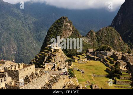 Ruines, ville Inca Machu Picchu, Site du patrimoine mondial de l'UNESCO, Urubamba, Pérou, province de Cusco Banque D'Images