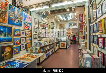Hong Kong Chine Stanley Market célèbre centre commercial pour les touristes avec des travaux d'art à vendre Banque D'Images